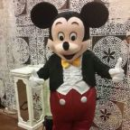 KARAKTER MICKEY MOUSE